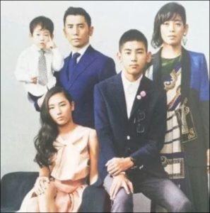 樹木希林と内田裕也の娘と孫一家の画像
