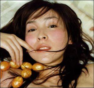 見取り図盛山の好みのタイプの麻生久美子の画像