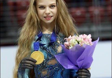 アレクサンドラトルソワがかわいい!私服姿も【画像他】髪の毛が長いけど何センチあるの?
