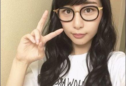 BiSH ハシヤスメアツコのカップや8万円のメガネのブランドは?