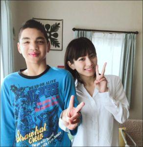 菊池梨沙と弟の画像