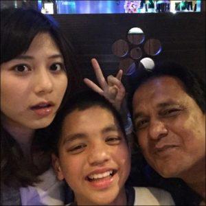 菊池梨沙と弟と父親の画像
